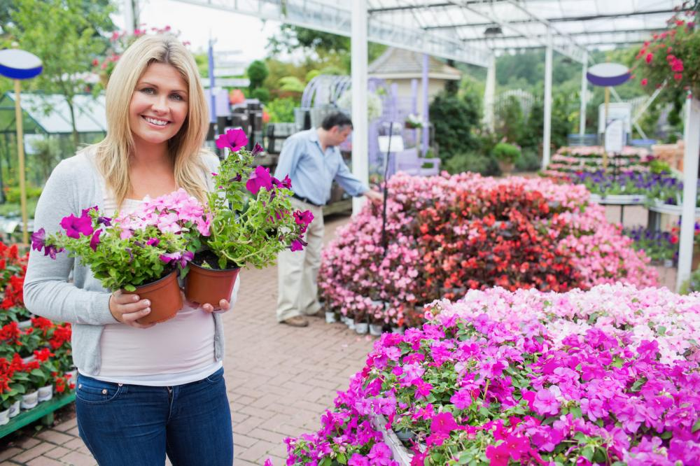 female-customer-in-garden-center