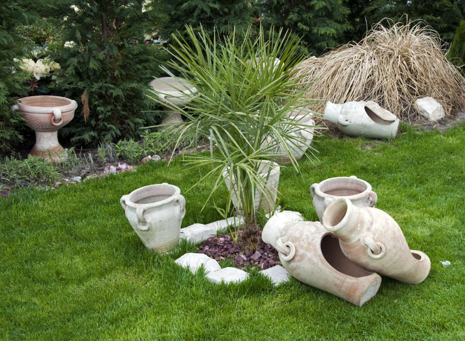 old-vases-in-garden